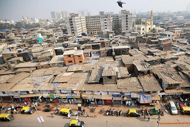 Bollywood Studio with Dharavi Slum Tour in Private Vehicle