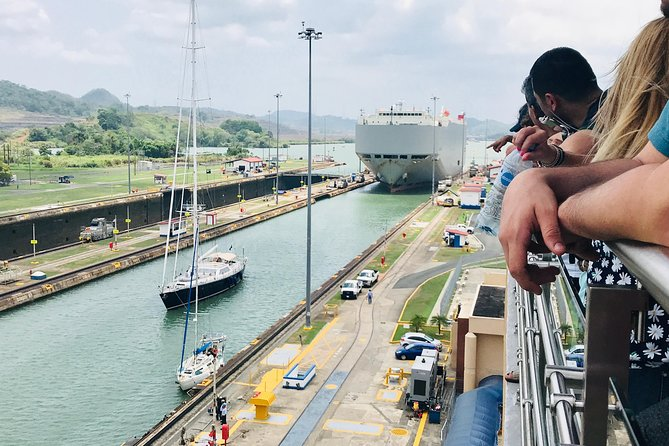Personalized Tour Panama Canal, Causeway & Casco Antiguo