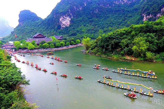 Bai Dinh - Trang An - Kong Island - Hoa Lu - Tam Coc 2 Days 1 Night Group Tour