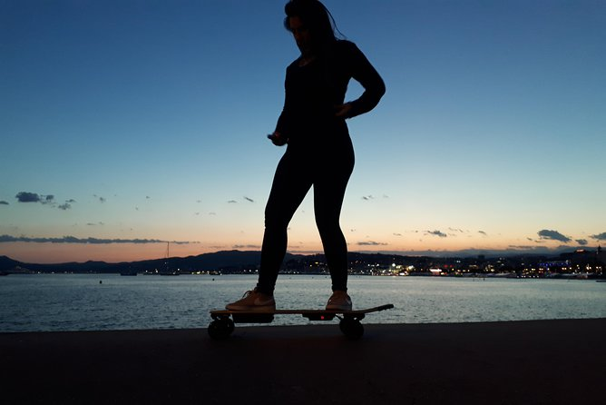 E-skateboard initiation and city discovery
