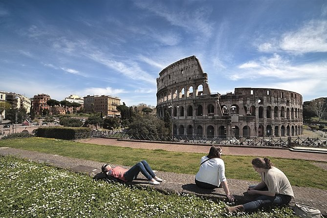 ROME Colosseum: 1-Hour guided experience with Roman Forum & Palatine hill access photo 1