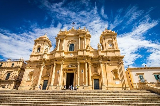 Noto & Syracuse Tour by Taxi