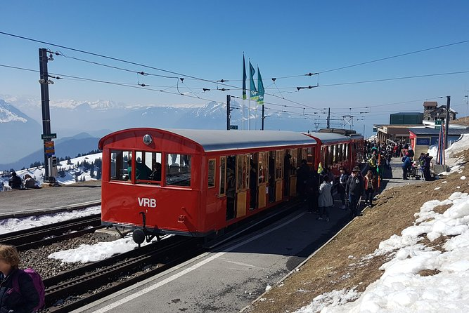 Mount Rigi with Lake Cruise Small Group Tour from Basel