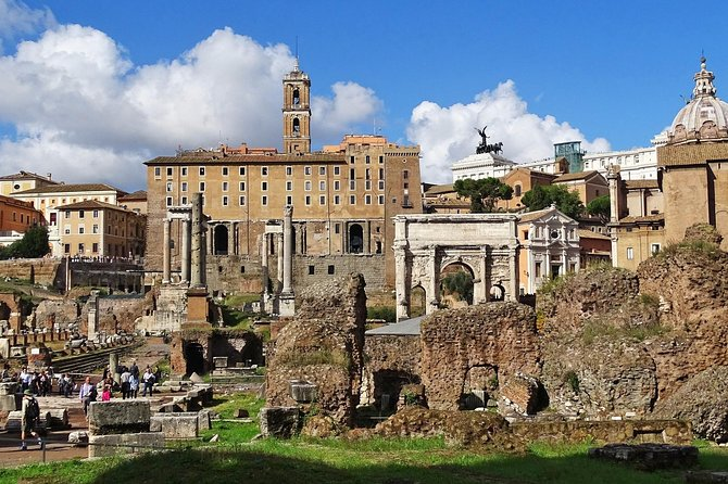 ROME Colosseum: 1-Hour guided experience with Roman Forum & Palatine hill access photo 7