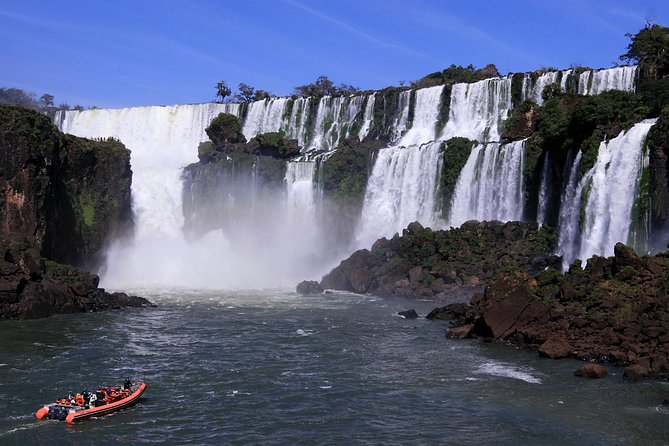 Iguassu Falls Brazilian Side: Macuco Safari, Helicopter Flight and Bird Park