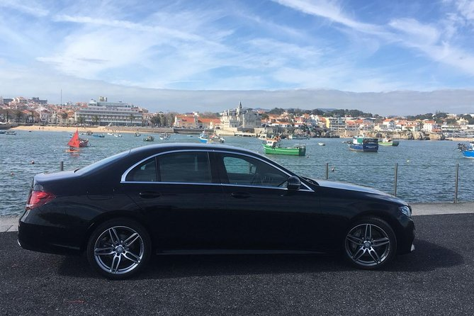 Lisbon Airport (LIS) Private Transfer to Lisbon city