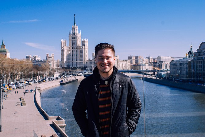 Layover Moscow Tour with Transfer and a Local Guide