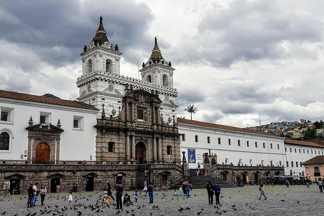 Private Quito Old Town & Equator Day Tour