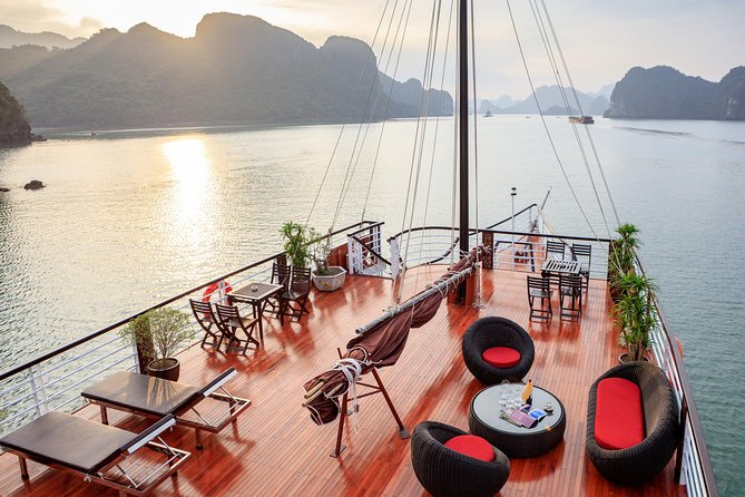 The Escape Sails – A Luxury Halong Bay Day Tour with a Difference photo 8