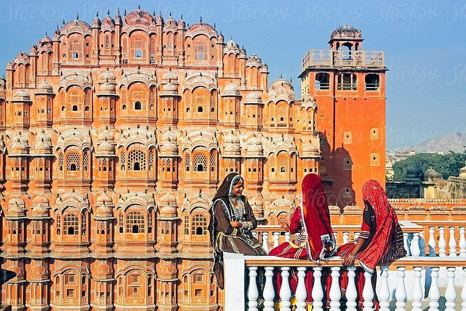 Private 2-Days Jaipur Highlights Tour from Delhi By Car