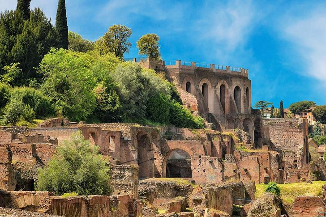 Skip The Line: Colosseum, Forum & Palatine Hills Priority Entrance photo 3