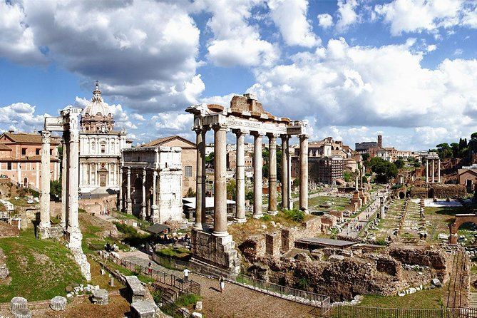Private driving Tour: Rome at first glance