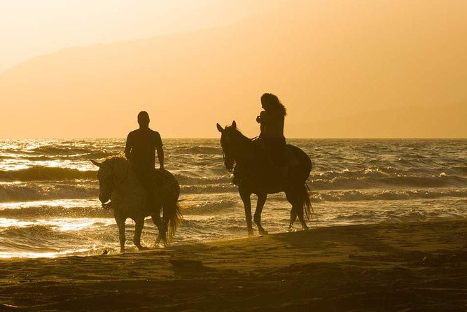 Sunset Horseback Riding couple private tour from Punta Cana