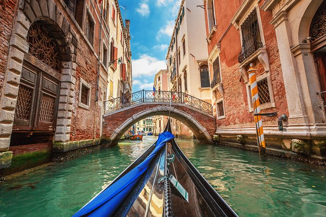 Venice Walking Tour and Gondola Ride photo 1