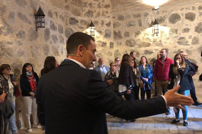 Toledo: Exclusive Private Tour with Licensed Guide