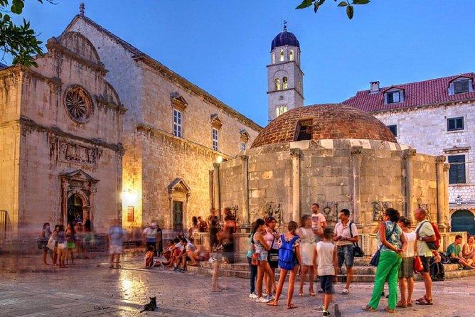 An Evening Walk Through the Centuries - Private tour