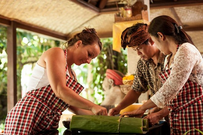 Balinese Cooking Class with 21 Recipes