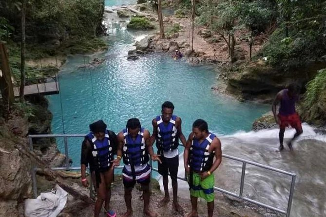 Blue Hole Secret Falls and Bob Marley Nine Mile Private Tour
