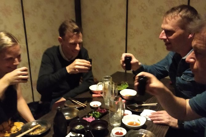 Authentic Kyoto foodie night with super host .Best for Day1