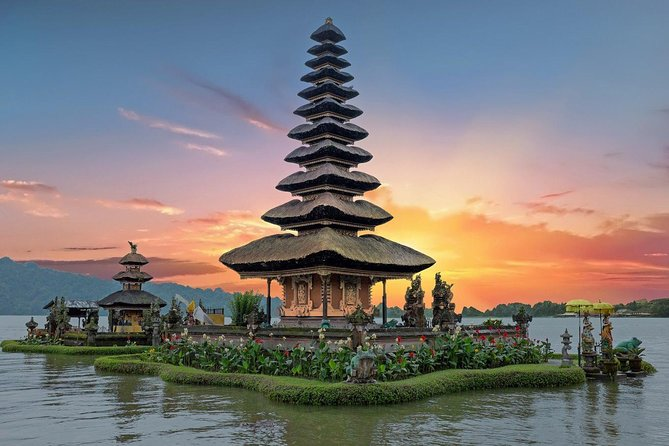 Top Three Temple in Bali of Taman Ayun - Ulundanu Temple And Tanah Lot Temple