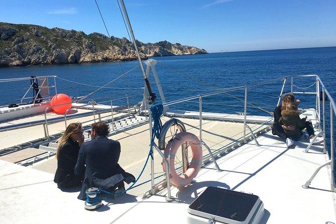 Calanques Picnic Cruise