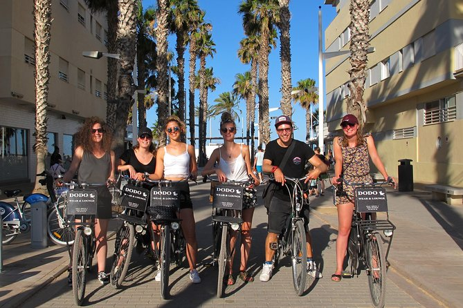 Bike Guy VLC: Fun City to Beach 3-Hour Bike Ride