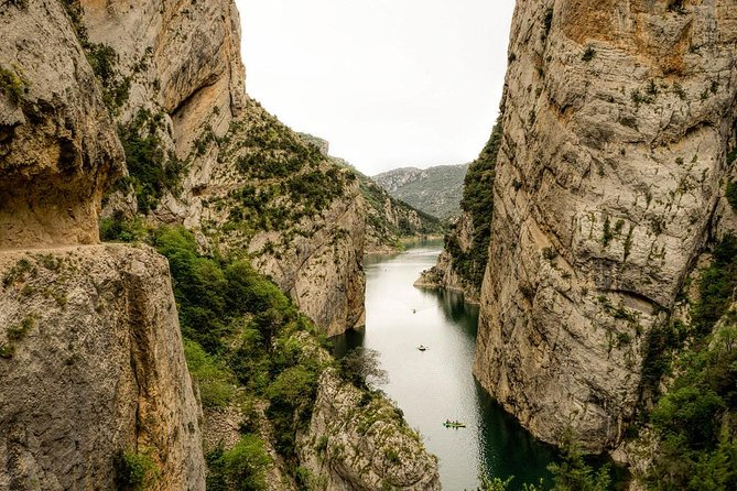 Mont Rebei & Montsant 2 days - Small group and hotel pick up from Barcelona