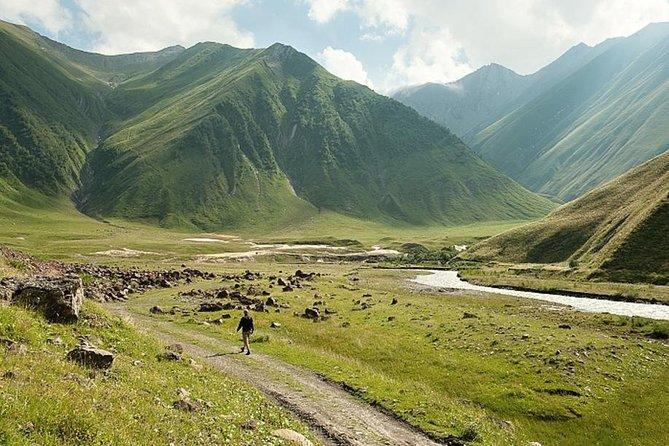 Georgia 10 Days Mountain Tour mixed classic Start from Tbilisi Yerevan