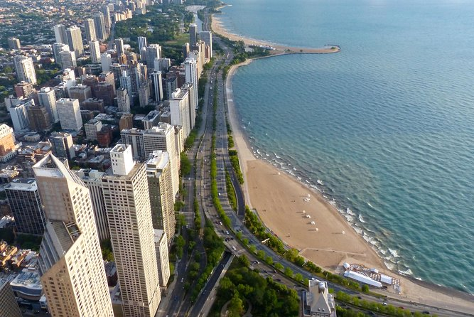 Chicago's Gold Coast Hidden History: A Self-Guided Audio Walk