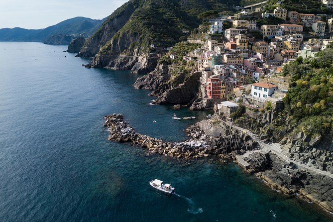 Cinque Terre Boat Tours Experience