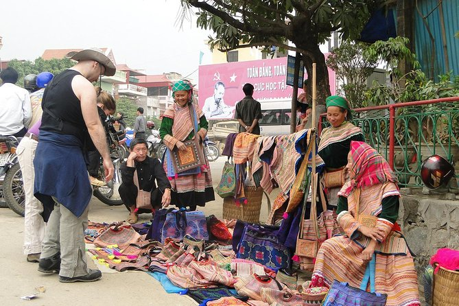 Sapa By Bus 2d1n Night Bac Ha Market (overnight In Hotel, Only Saturday) photo 14