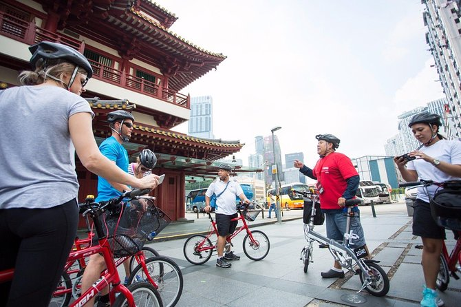 Small-Group Singapore Highlights Bike Tour