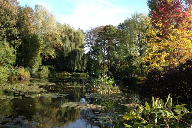 Private Giverny Tour for 3-4 persons Skip the line tickets, Pick up & drop incl photo 3