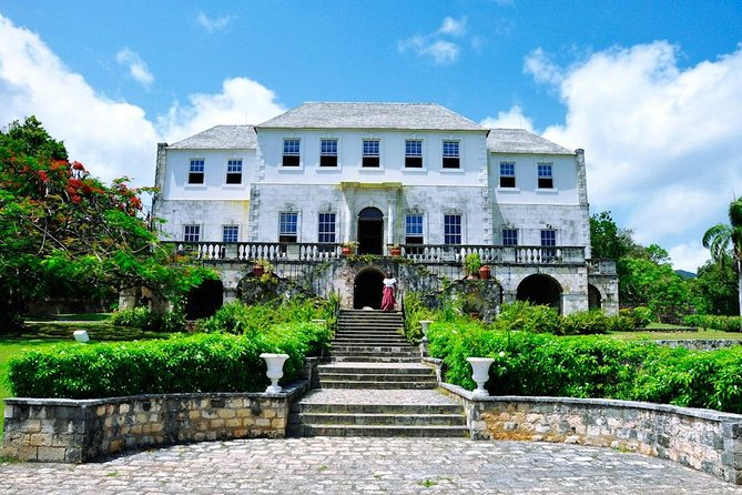 Jamaica Super Saver: Montego Bay & Rose Hall plus Mystic Lagoon Night Cruise