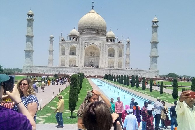 Same Day Agra tour from Delhi by India's Fastest Gatimaan Express Train