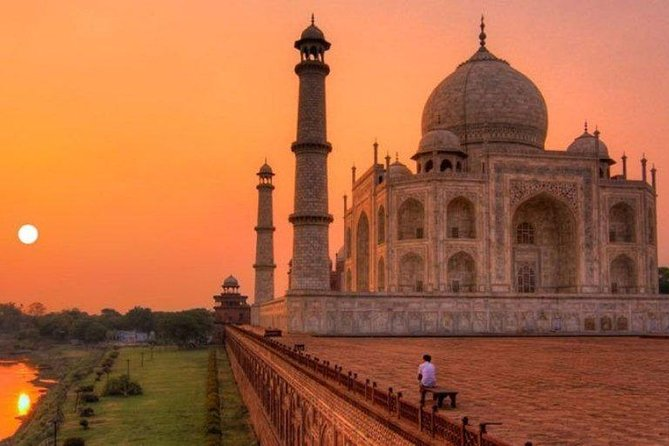 Taj Mahal Sunrise & Sunset Tour By Car photo 4