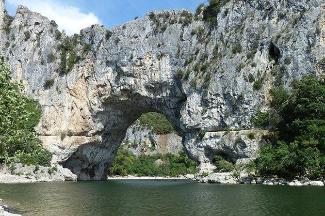 Excursion canoë Vallon Pont d Arc