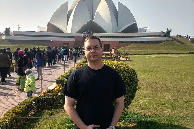 Full Day Temple Tour In Delhi