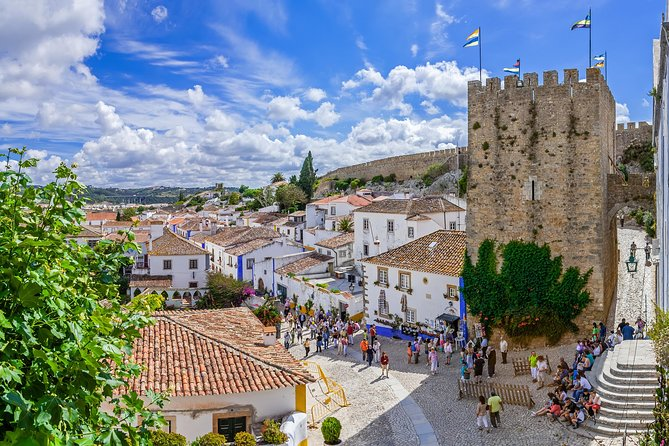 Óbidos, Alcobaça and Nazaré, Private Tour, Full Day