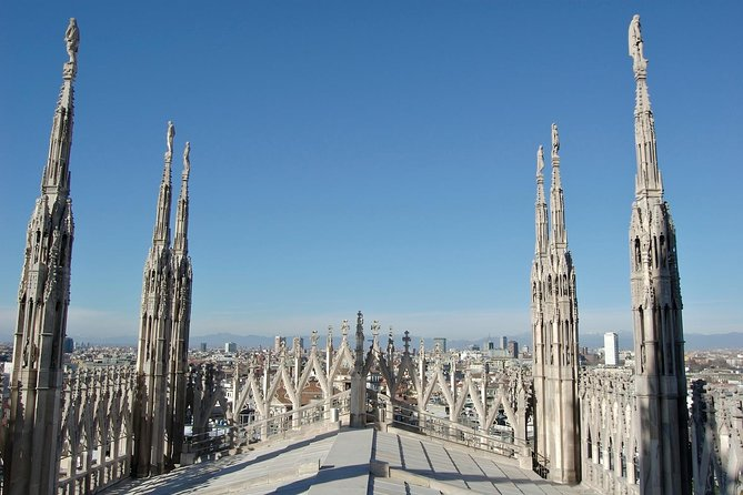 Milan: skip-the-line Duomo guided tour (optional rooftop access) photo 4