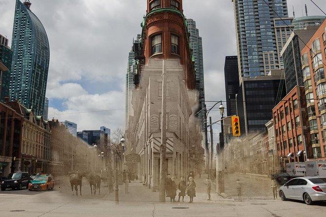 Verken de metropool van Canada met wandeltochten door Toronto
