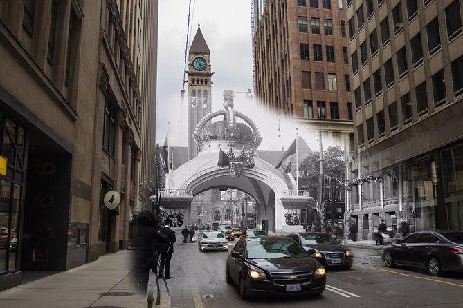 Explore Canada's Metropolis with Walking Tours Through Toronto