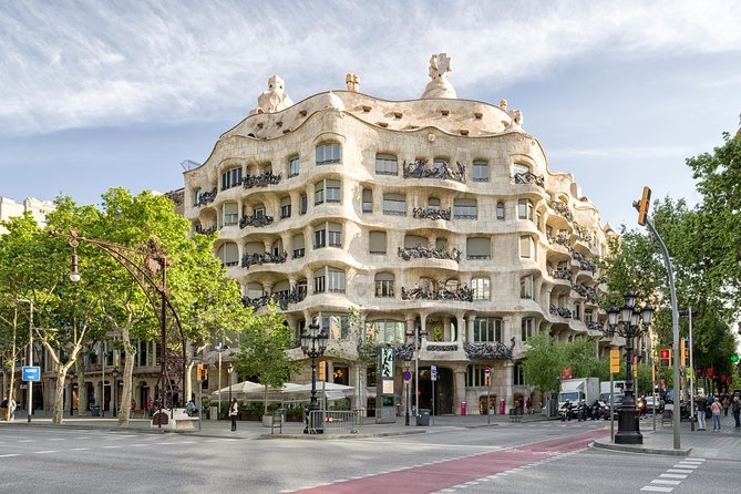 Barcelona Half-Day Sightseeing Tour With Pickup - Private Tour For BCN Top 10 photo 7