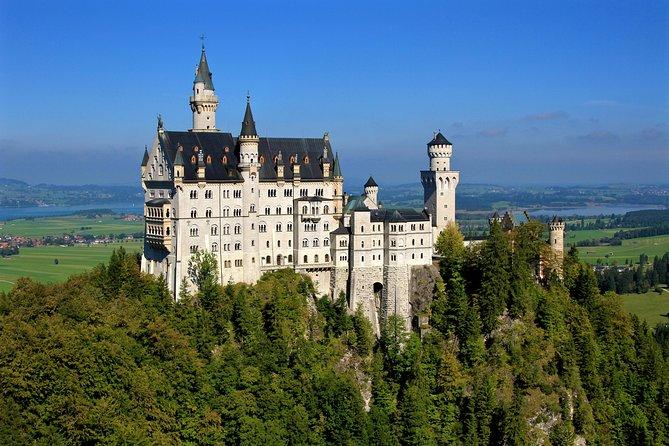 Day Trip to the castles Neuschwanstein and Linderhof from Munich