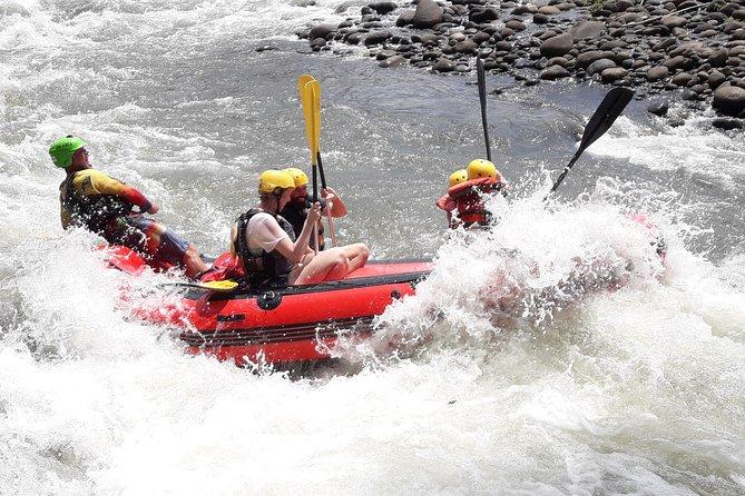 Rafting i Sarapiqui River Class III - IV