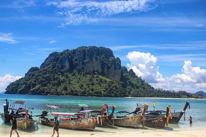 Full Day Tour to 4 Islands around Krabi by Speed Boat