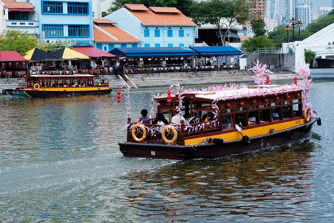 Singapore Group History & Culture Tour:River Cruise, Hawker Dinner & Tea Tasting