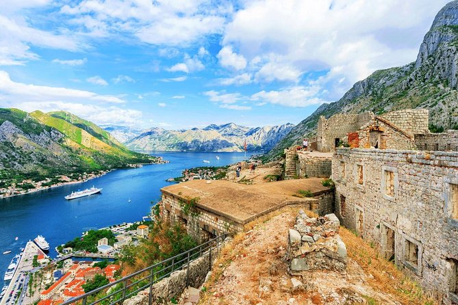 Hiking downhill from Krstac to Kotor, visit San Giovanni fortress