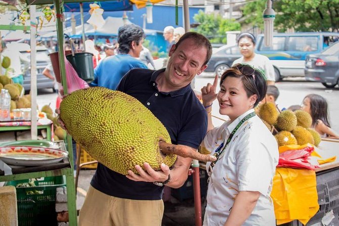 Private Tour : Kuala Lumpur Food Experience with Local Host