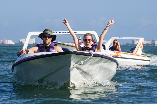 Jungle Tour In Cancun, drive a speedboat through the lagoon with your companion